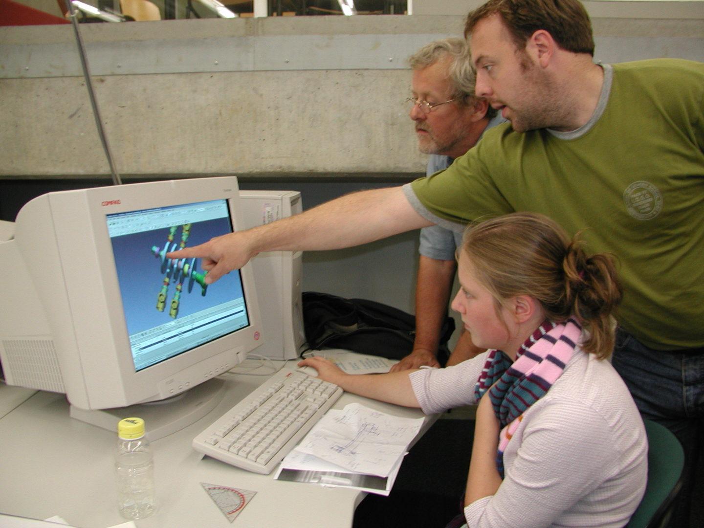 NL-Eindhoven TU WTB 20020901 Steriliser CAD Design Control Unit