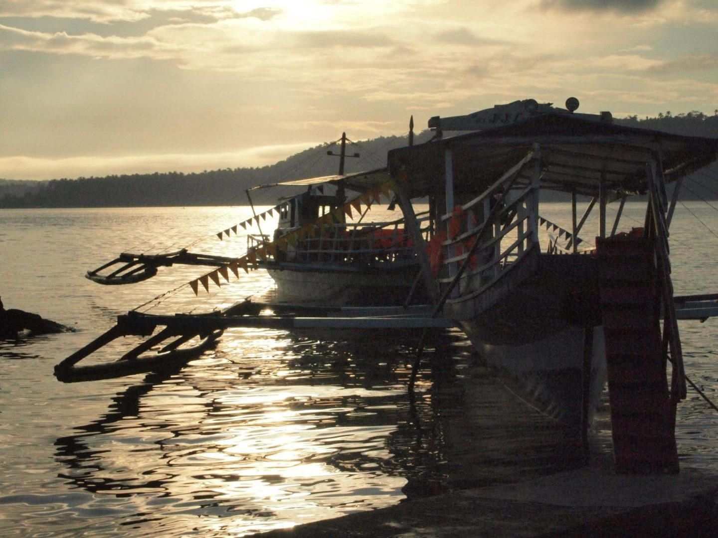 PJ-Davao Samal 20100816 Paradise Island Ready For The Ferry Boat Early Morning